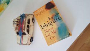 Recension av Never let me go av Kazuo Ishiguro: krossade drömmar